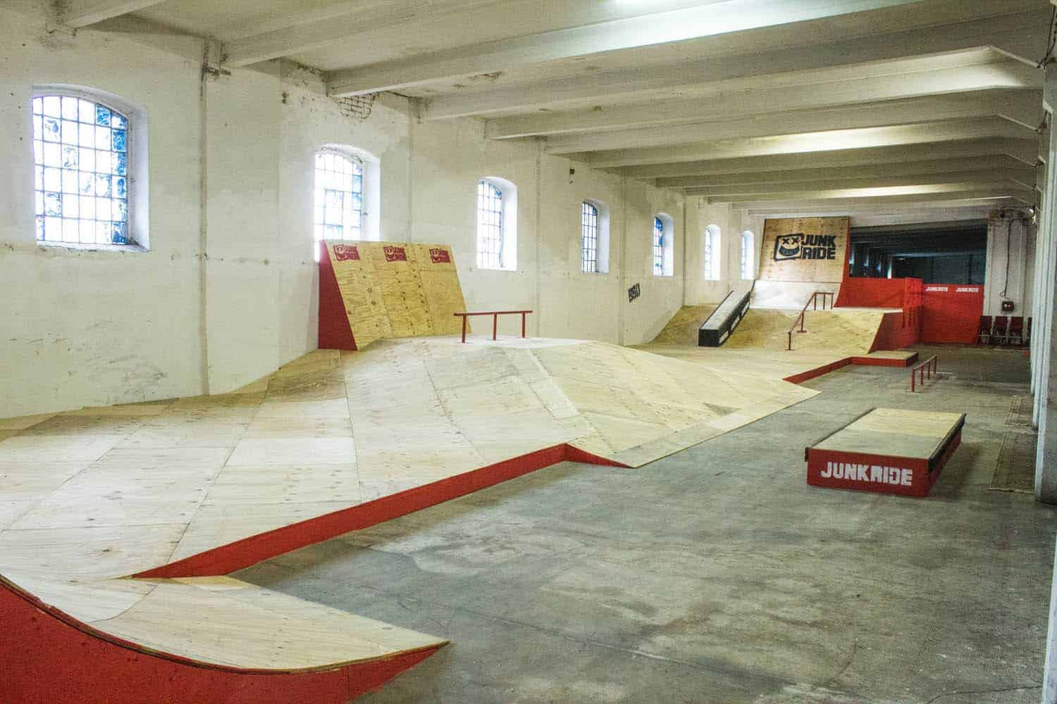 INDOOR SKATE/BMX ZONE – New street zone
